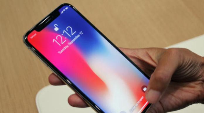 iphone-x-screen-100735502-large