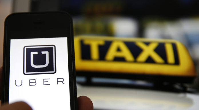Uber drivers, court ruling, independent contractors
