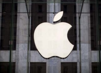 Apple admits iPhone problems