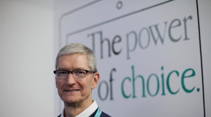 Apple CEO Tim Cook comments on the problem of fake news, suggests solution