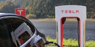 Tesla Supercharger idle fee updated