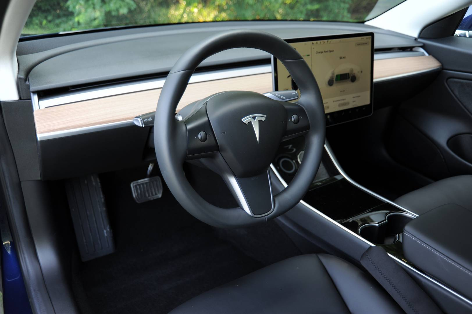 nhtsa gives the tesla model 3 a 5 star rating in every safety category 1reddrop. Black Bedroom Furniture Sets. Home Design Ideas